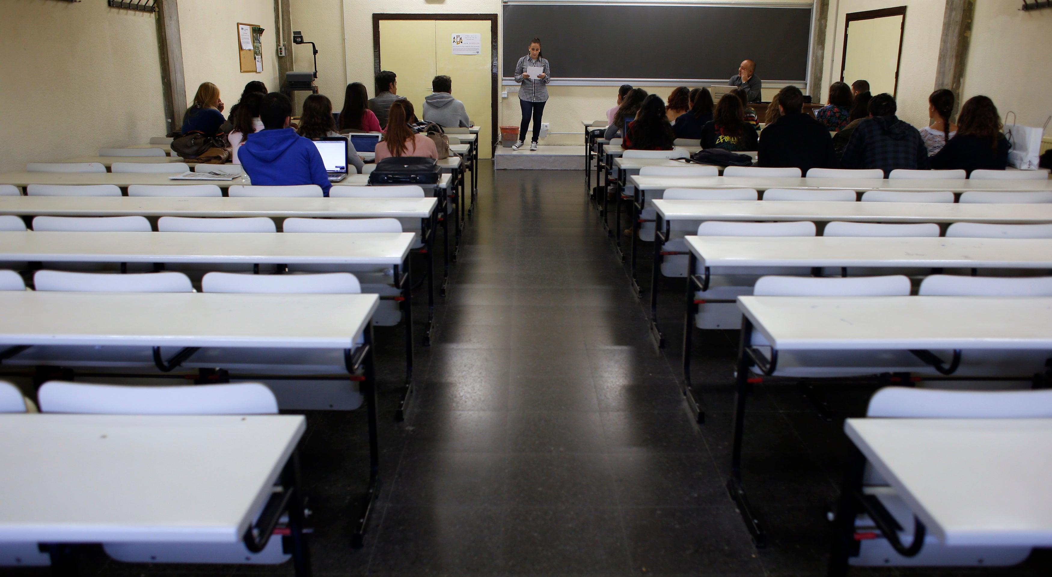 Governo vai acabar com a polémica Bolsa de Contratação para as escolas