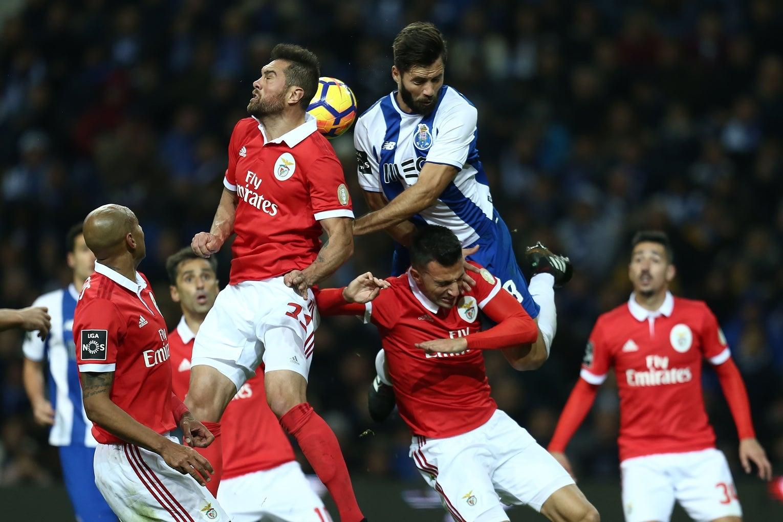 Encarnados surpreendidos com castigo ao FC Porto