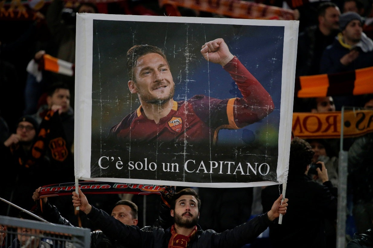 Totti confirma que fará último jogo pela Roma no próximo domingo