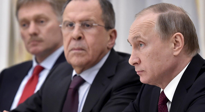 Rússia: Polícia invade escritório de líder da oposição em meio a manifestações