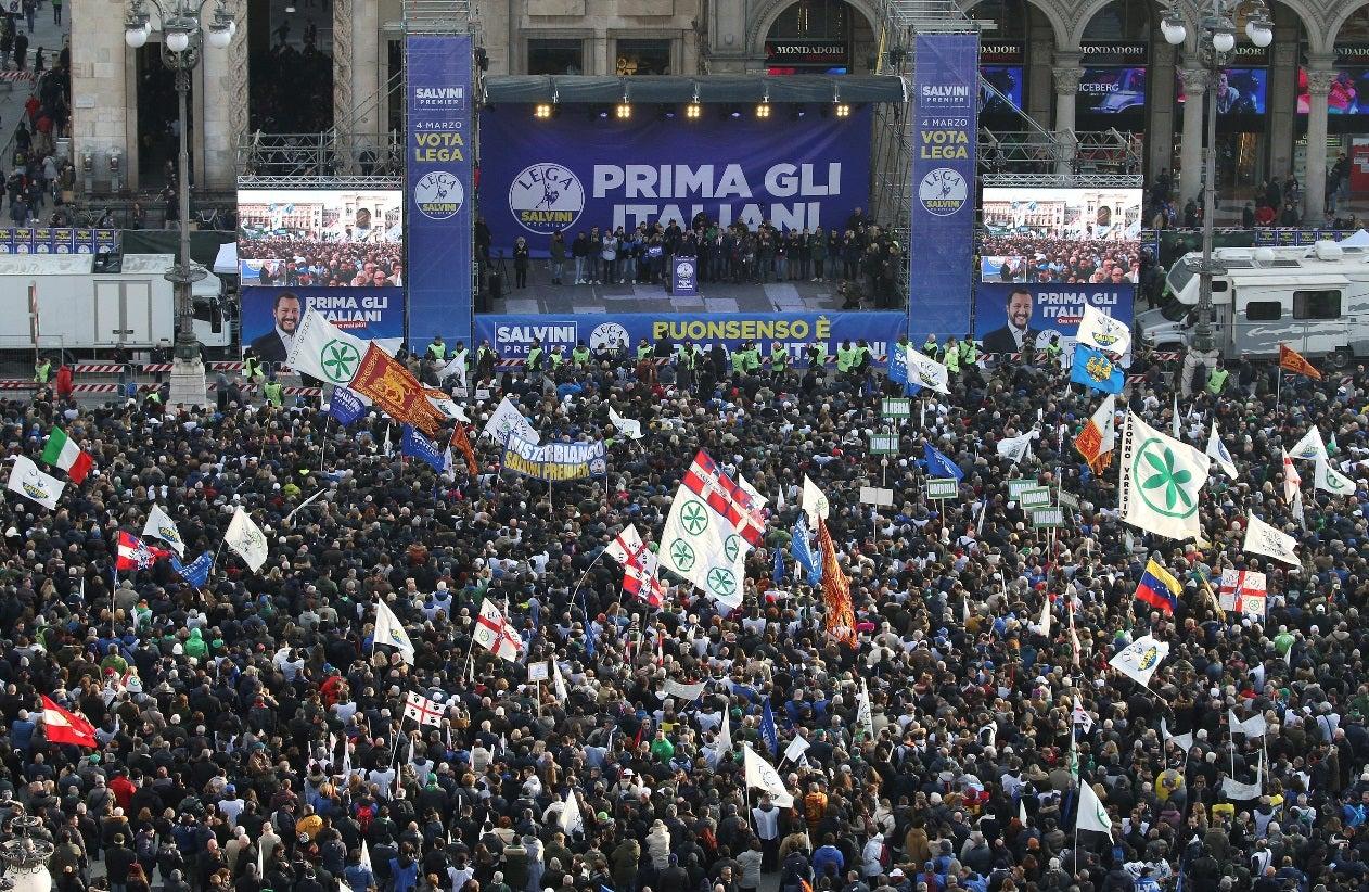 Primeiros resultados indicam vantagem da coalização de Berlusconi — Itália