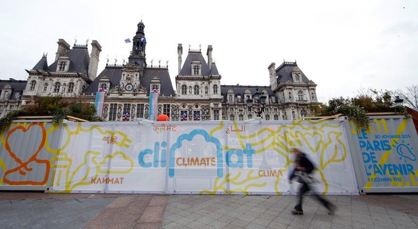 Pa�s - Almada apresenta projeto na confer�ncia do clima