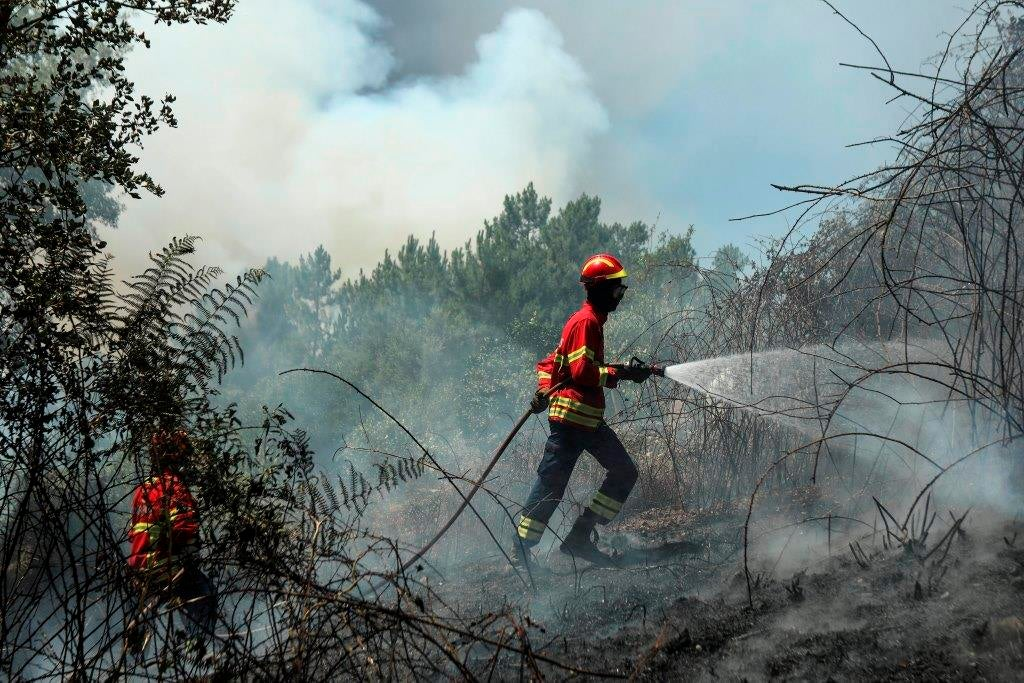 Número de feridos aumenta para 45 — Incêndios