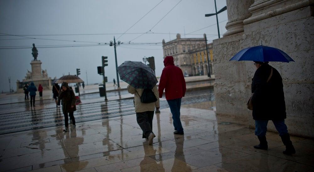 Pa�s - Chuva forte e por vezes trovoada em todo o territ�rio