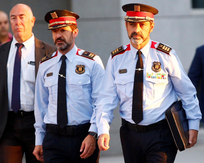 Chefe de polícia da Catalunha presta depoimento em tribunal en Madri