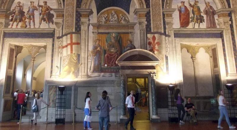 Mundo - It�lia quer combater o terrorismo com cultura