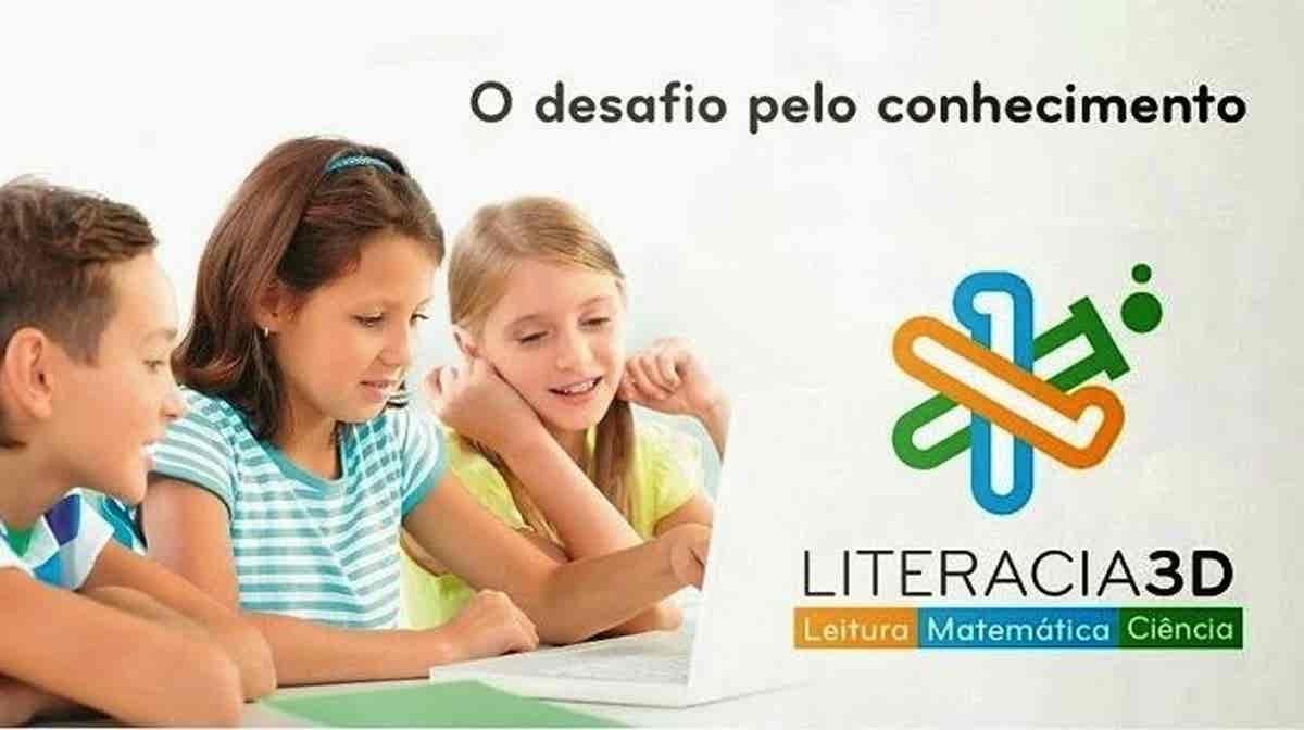 Play - Magazine Literacia 3D