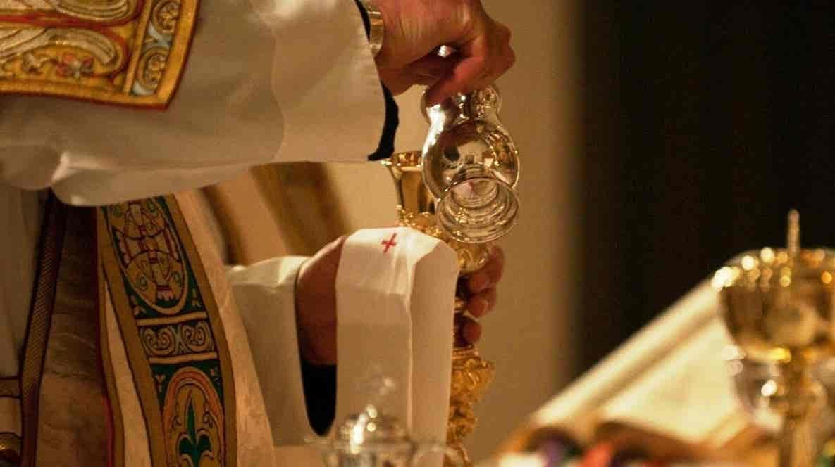 Play - Missa da Assunção da Virgem Santa Maria