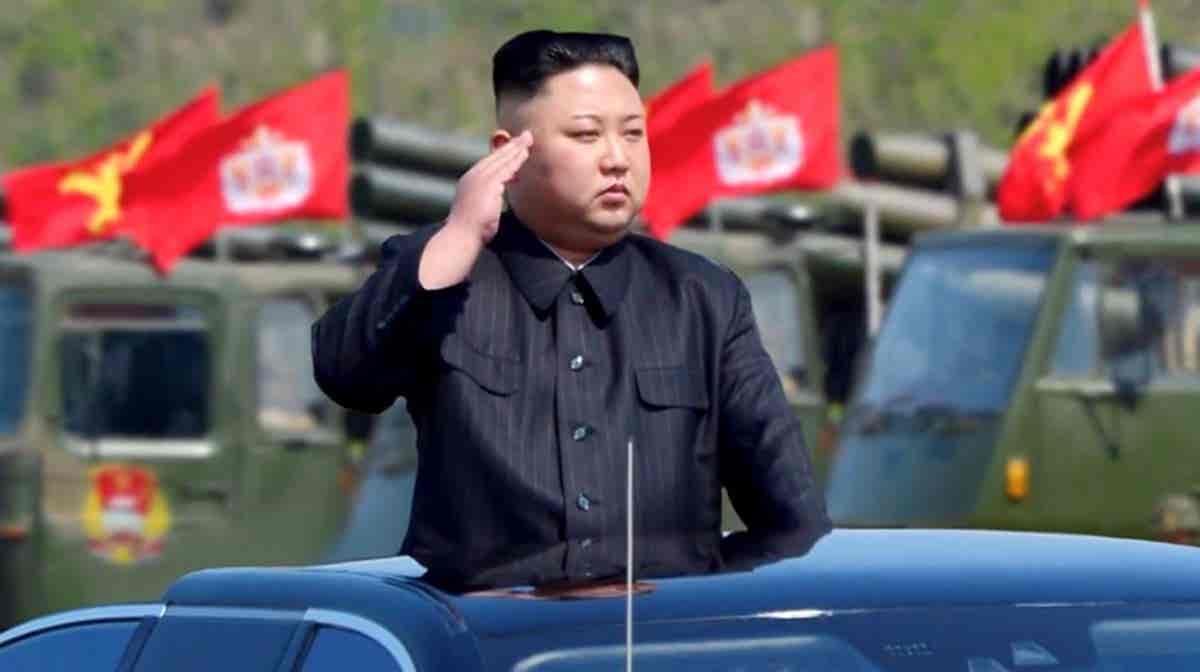 Play - Kim Jong-Un: O Líder da Coreia do Norte