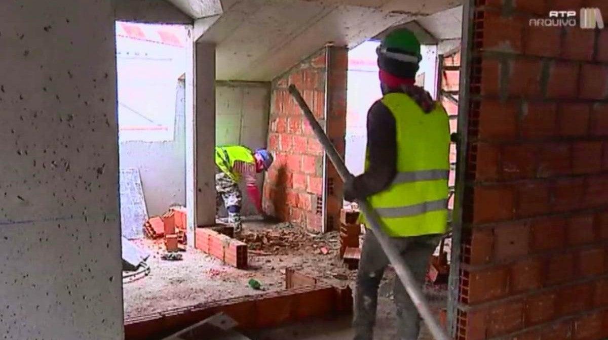 Trabalhadores da Construção Civil no Estrangeiro