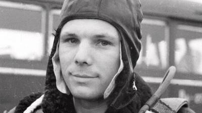 Play - Yuri Gagarin - Sete Anos De Solidão