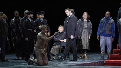 Play - Boris Godunov na Ópera De Paris