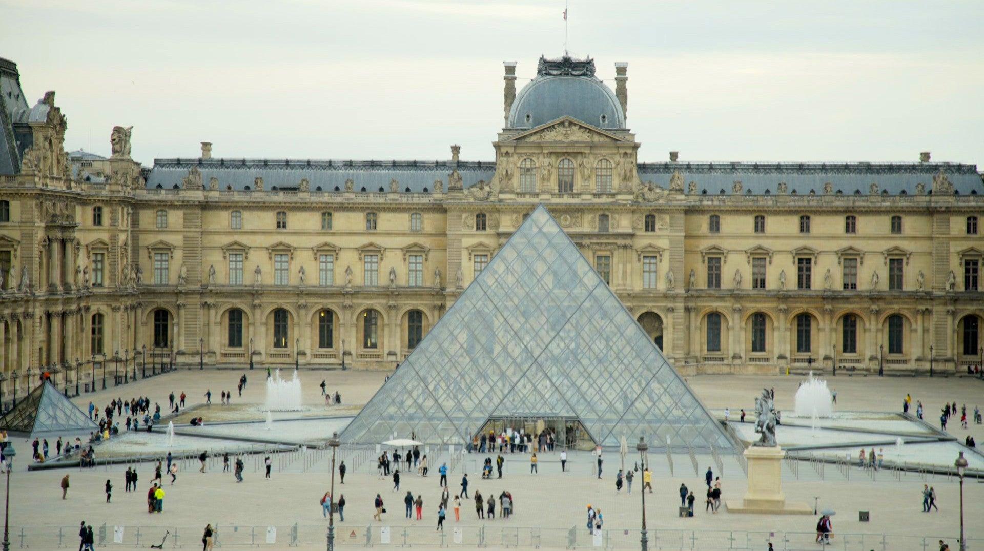 Louvre Intemporal