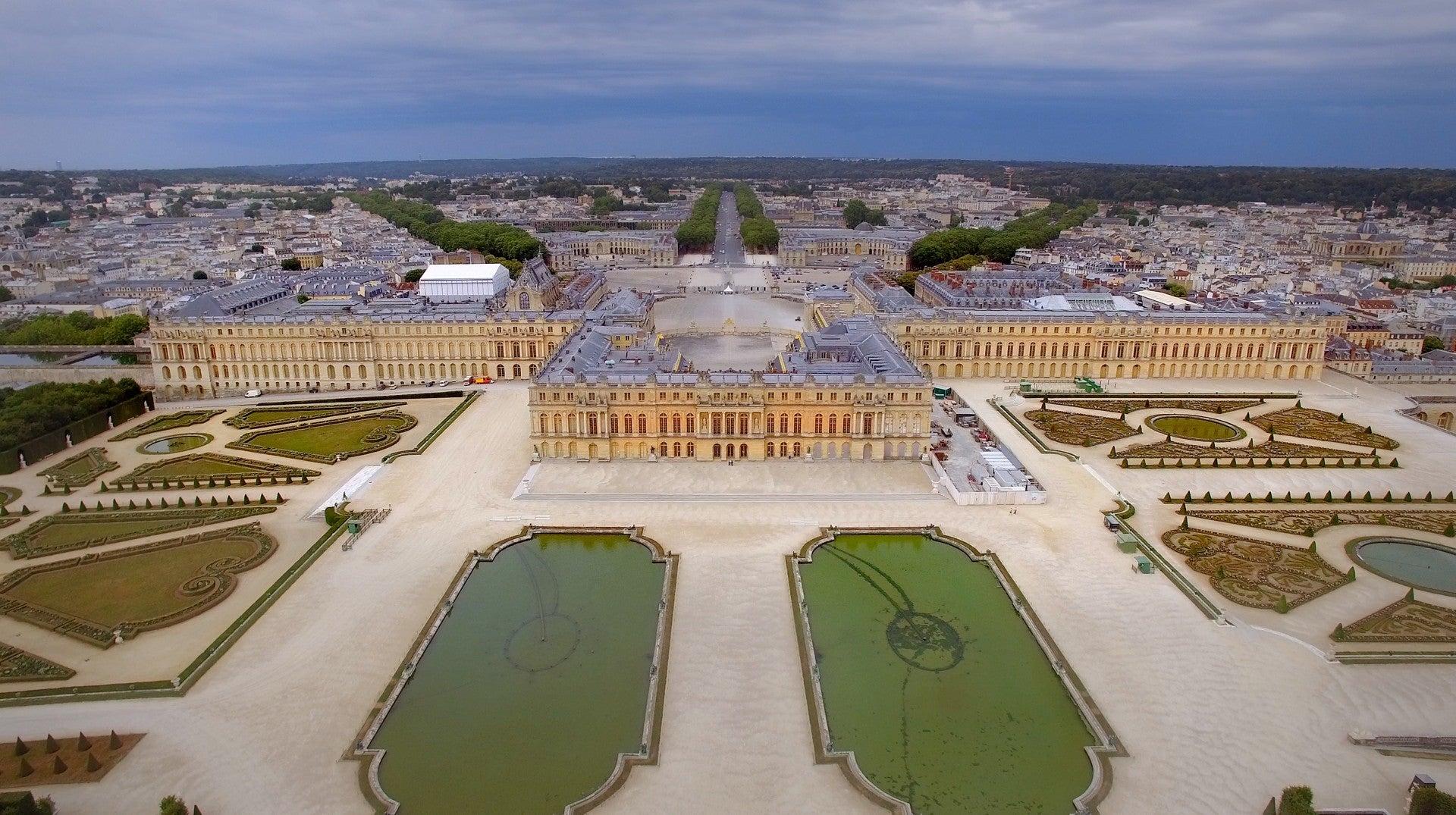 Versalhes: O Palácio Desvanecido do Rei Sol
