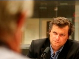O austríaco Peter Handke, Nobel da Literatura 2019, a responder a perguntas de Paulo Branco, no LEFFEST 2016. Depois, Jaime Bulhosa é o convidado de Luís Caetano numa conversa a partir de Pedra de Afiar Livros e outras históras de um livreiro, com a chan