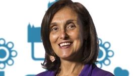 Secretária de Estado da Justiça, Anabela Pedroso é a nossa convidada . Em foco medidas para aproximar os portugueses no mundo de Portugal: desde o registo de nascimento