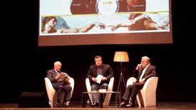 Última Edição - Na Feira do Livro do Porto, Luís Caetano conversa com Francisco Garcia Reis, da Livraria Poetria, que agora apresenta edições literárias próprias e uma nova revista.
