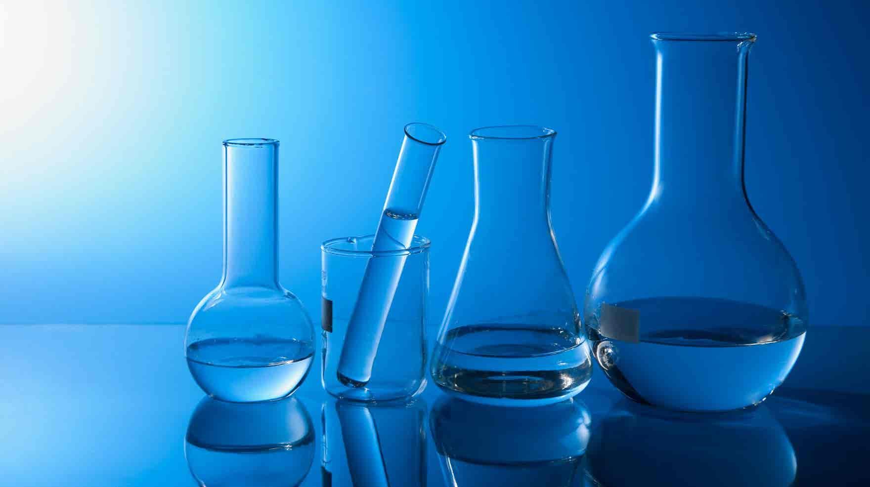 Parceria UA/Bosch prevê o desenvolvimento de soluções inovadoras para aquecimento e tratamento de água; perfil lipídico de plantas halófitas; molécula da cafeína, com Paulo Ribeiro-Claro.