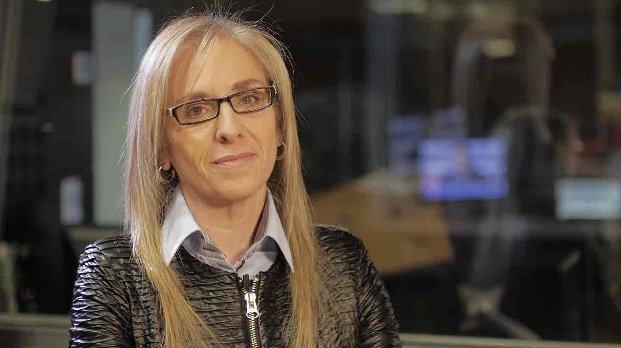 Pires de Lima, ministro da Economia, é o entrevistado. Comentário de Ana Sá Lopes. Edição de Rosário Lira.