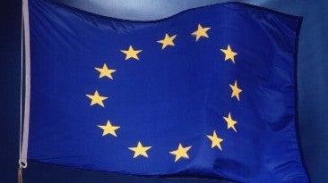 Nós ...  A  Europa