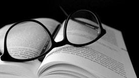 Livros e Filmes - Na 2ª parte do programa dedicado a poetisas nascidas na Madeira a professora e investigadora Ana Salgueiro destaca o percurso e obra de Teresa M.G. Jardim e Maria Fernandes.