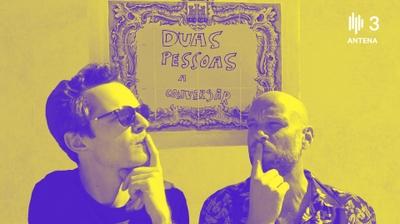 Play - Duas Pessoas a Conversar