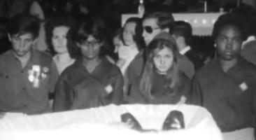 Cerimónia fúnebre de António de Oliveira Salazar – IV Parte