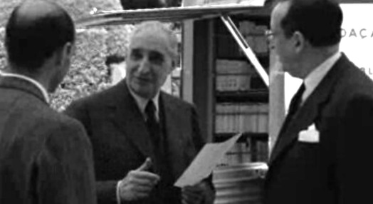 Bibliotecas itinerantes da Gulbenkian