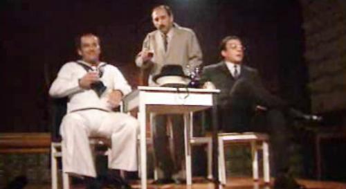 Espetáculo de fado e teatro no Café Luso