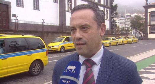 Novo regulamento para táxis