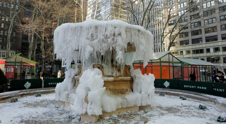 Cerca de 3 mil voos são cancelados por fortes nevascas nos EUA