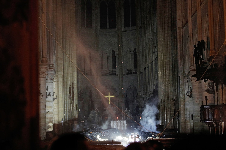 Interior da catedral /Philippe Wojazer - Reuters