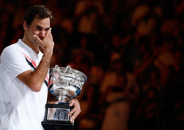 Roger Federer chorou de felicidade ao vencer o Australian Open /Thomas Peter - Reuters