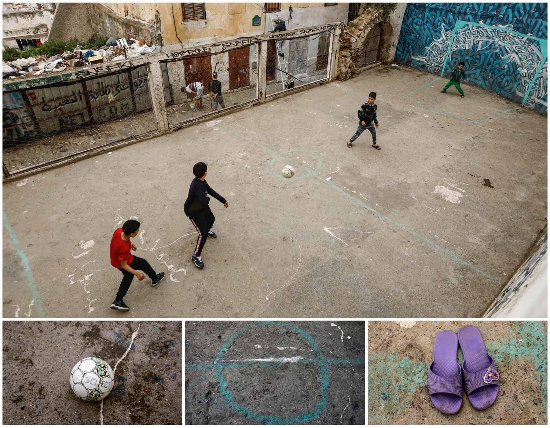 A combinação de imagens mostra quatro crianças a jogar futebol num campo de cimento em Argel, capital da Argélia. Foto: Zohra Bensemra - Reuters