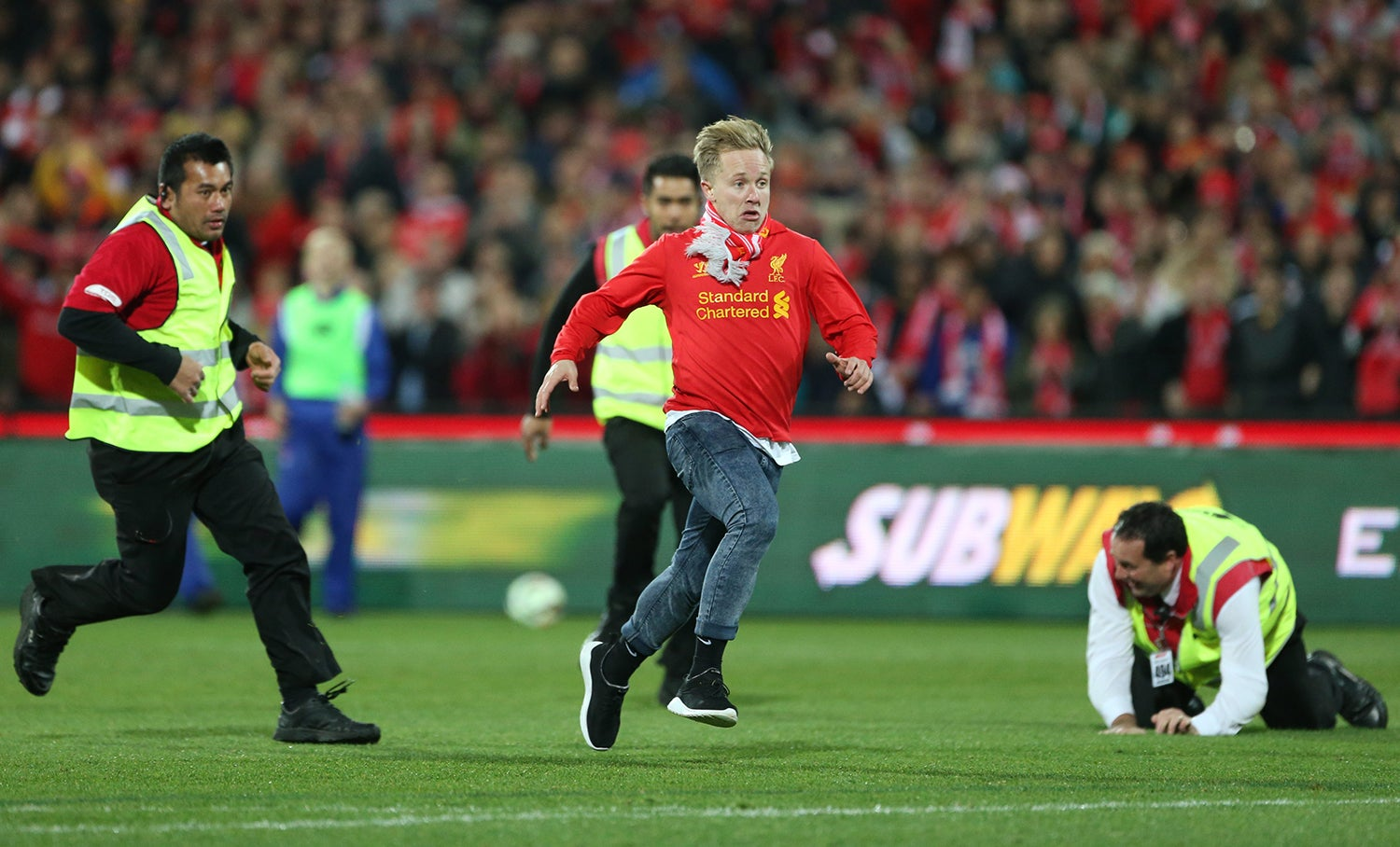 Jogo entre o Adelaide United e o Liverpool em 2015 /Jason O'Brien - Action Images via Reuters