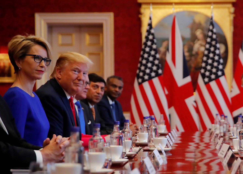 Donald Trump participou numa mesa redonda no Palácio St. James /Carlos Barria - Reuters