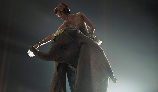 Dumbo repete liderança no box office português