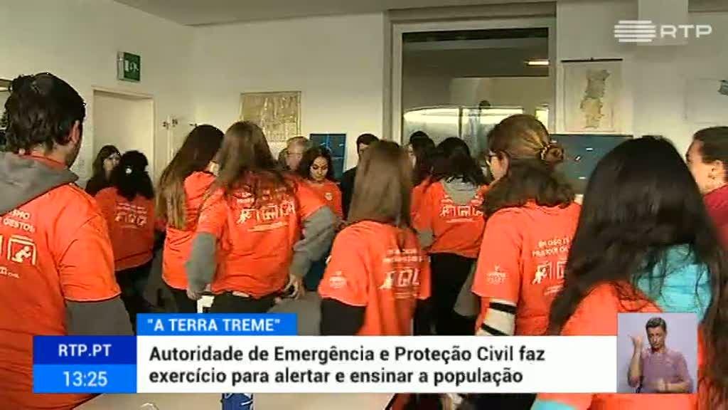 """Simulacro """"A Terra Treme"""" com epicentro em Oeiras - RTP"""