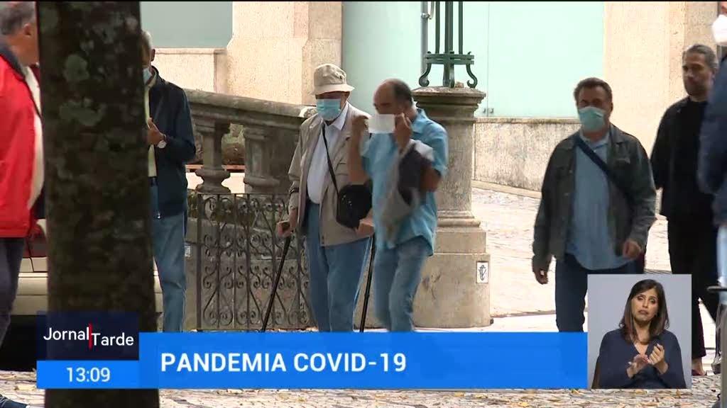 Covid-19. Número de infeções tende a aumentar acima dos 80 anos