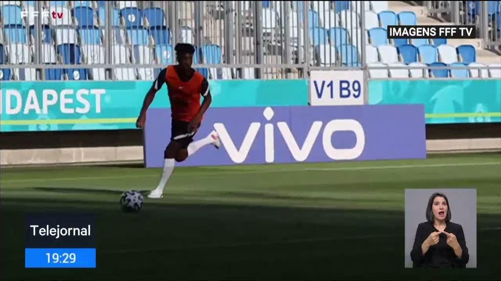 França prepara embate com a seleção portuguesa