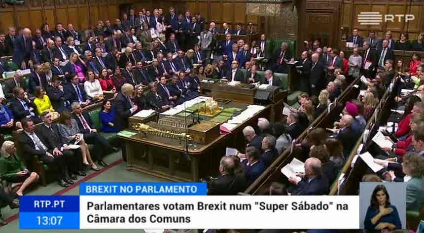 Câmara dos Comuns vota novo acordo do Brexit