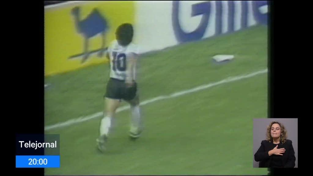 Diego Maradona morreu aos 60 anos de idade