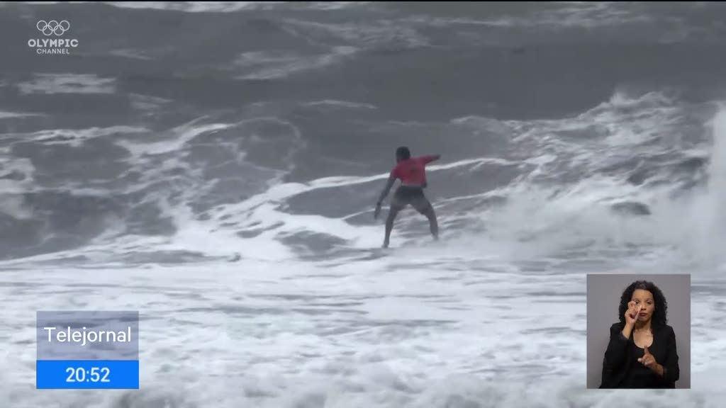 Surfista português infetado por Covid não pode ir aos jogos
