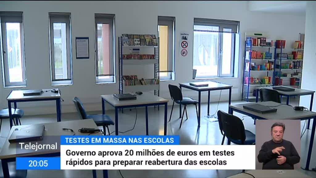 Governo aprova 20 milhões de euros em testes rápidos para preparar reabertura das escolas
