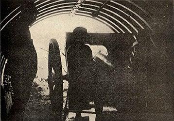 A artilharia e as metralhadoras