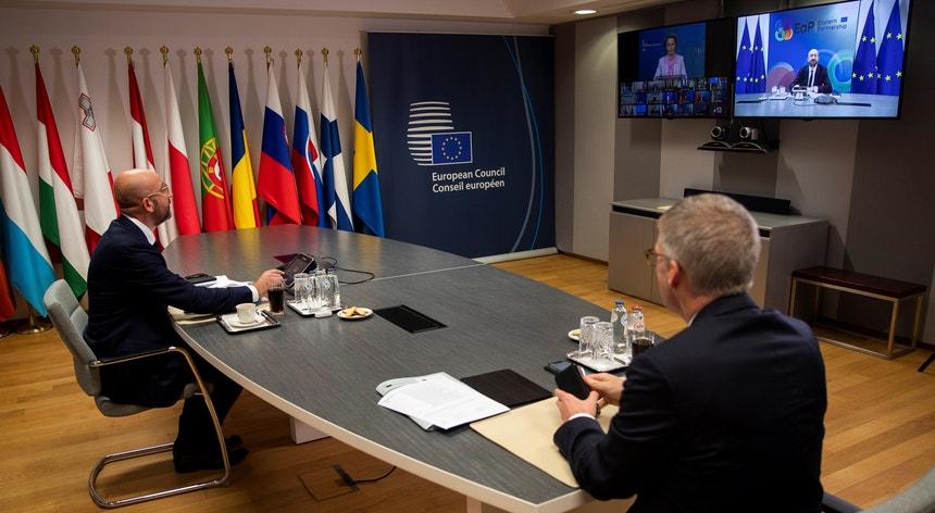 O Conselho Europeu inicia a discussão do plano de recuperação face à crise provocada pela pandemia do novo coronavírus
