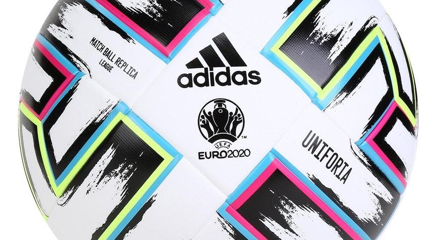 A pandemia levou a UEFA a implementar novas regras nas convocatórias para o Euro2020