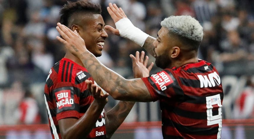 Gabigol empatou perto do final