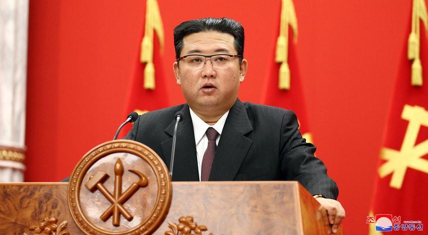 O líder norte-coreano Kim Jong un foi convocado por um tribunal japonês