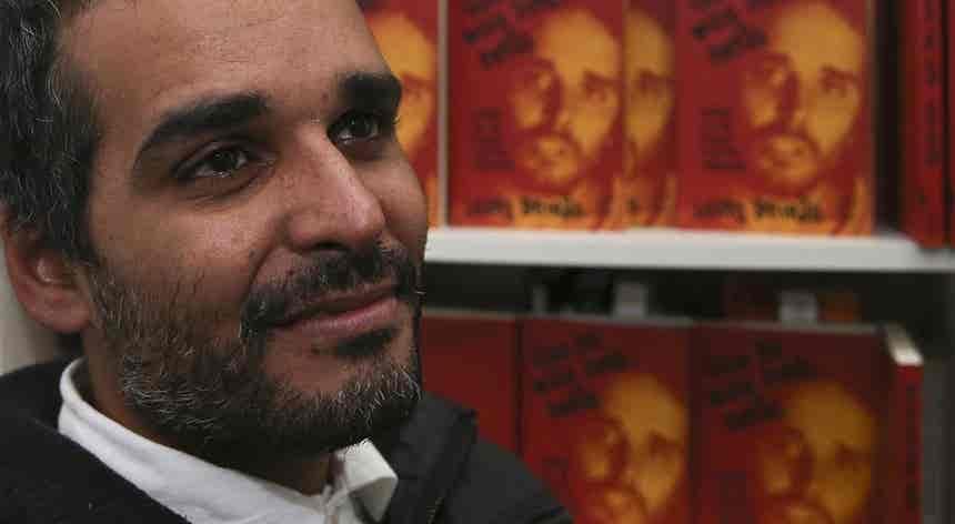Isabel dos Santos será julgada pela justiça que o pai deixou, diz Luaty Beirão